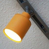 Lampenschirme aus lackierten Konservendosen