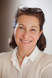 Portrait photo of Linda Bilmes