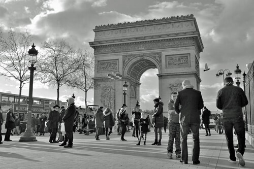 arc-de-triomphe-in-Paris