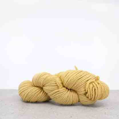 Waverly Needlepoint Knitting Wool – Color 4044