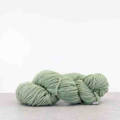 Waverly Needlepoint Knitting Wool – Color 5005