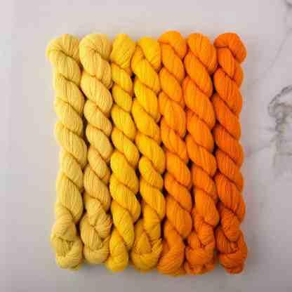 Appletons Bright Yellow 551 – 557 - 8-