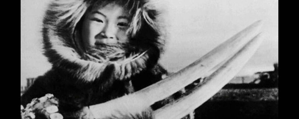 Siberian Yupik People: Chukchi Peninsula, Russian Federation, Alaska