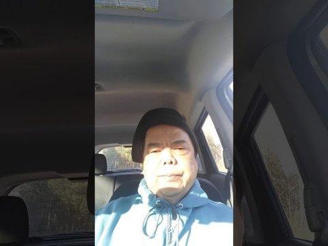 Bee Moua hnug Hmoob president trump