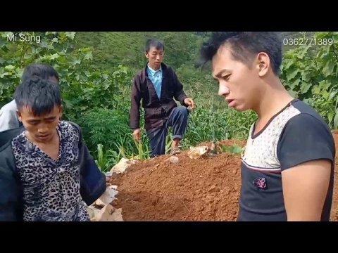 Phong tục của người Hmong vùng đất cao nguyên đá Đồng Văn sau 3 ngày sửa mộ cho người đã khuất