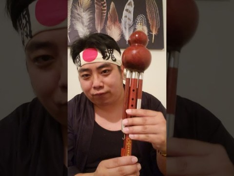 Hmong hulusi flute if you want to buy a hulusi flute make sure you know the difference.