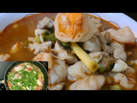 Shrimp Tom Yam Soup & Spicy Chicken Soup (HMONG)
