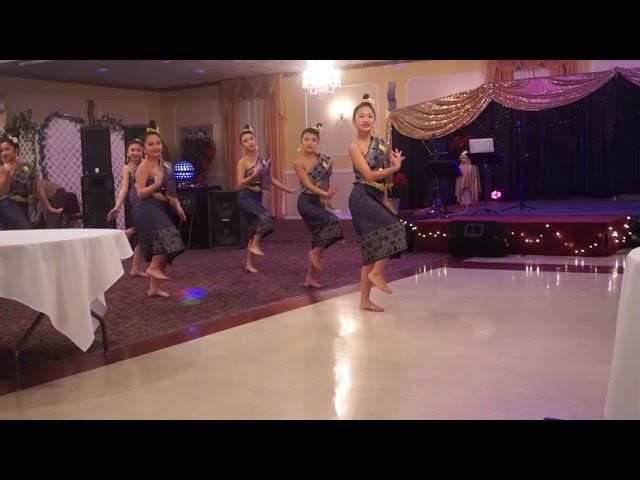Nkauj Xub Ci | Dance Competition | Hmong United Of Michigan New Year 2017-2018