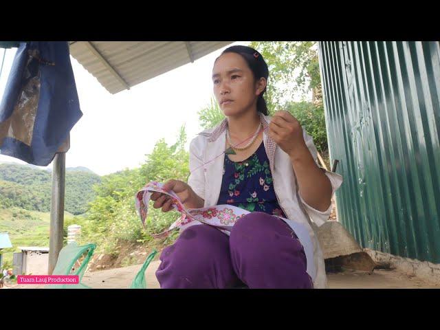 Hmong Made Clothes - Ua paj Ntaub