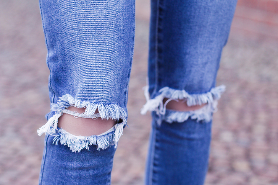 Ripped_Skinny_Jeans_2