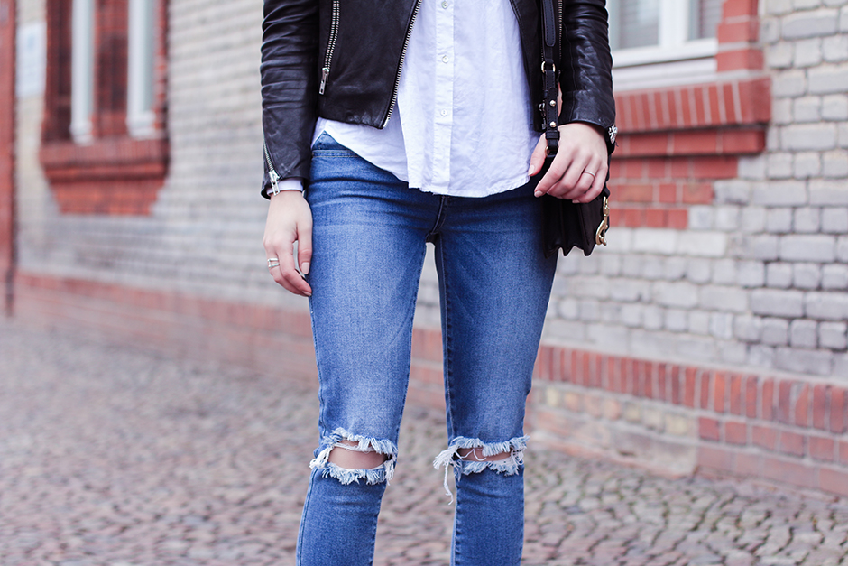 Ripped_Skinny_Jeans_5