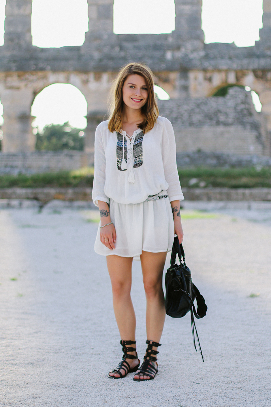 White_Dress_Amphitheater_Pula_8