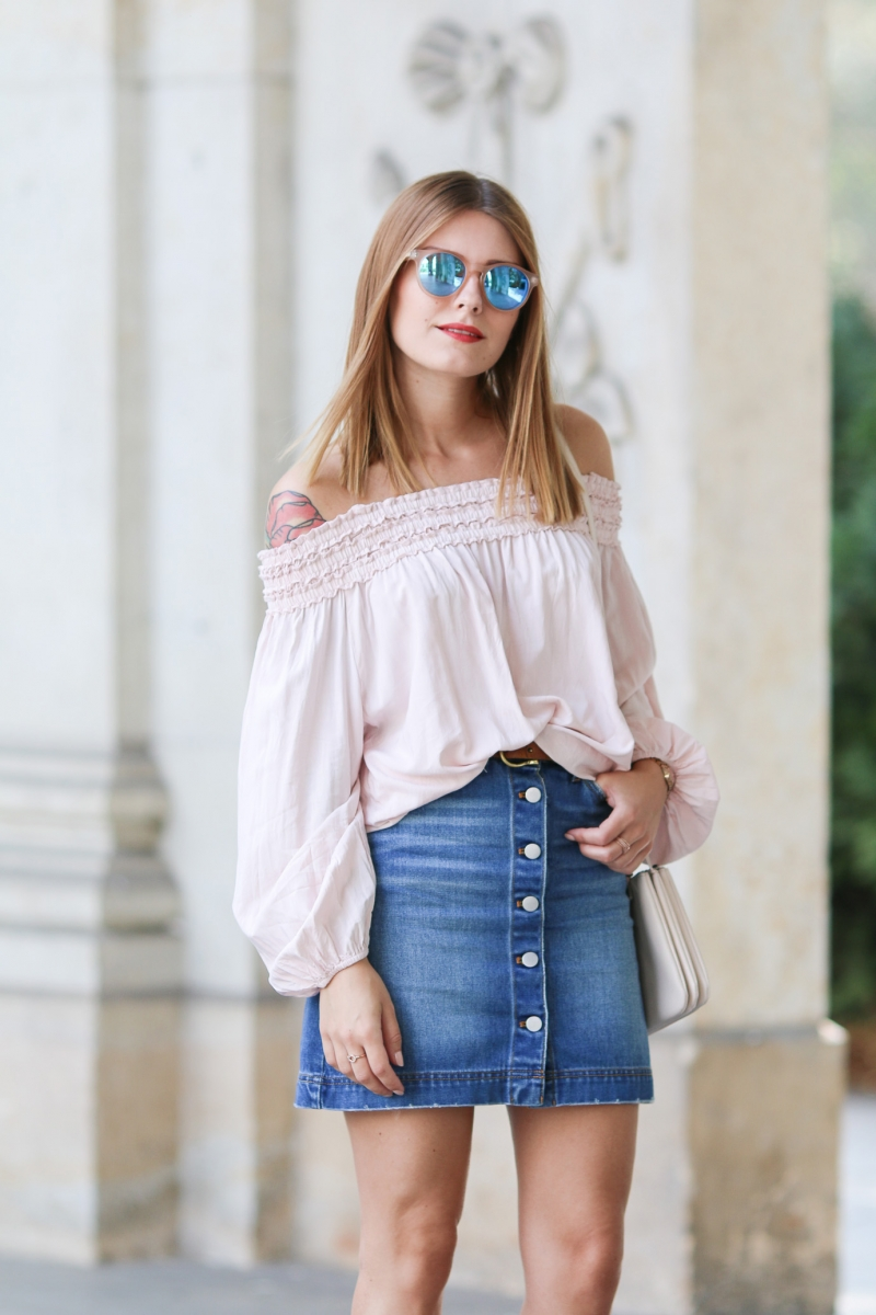Off_Shoulder_Denim_Skirt_1