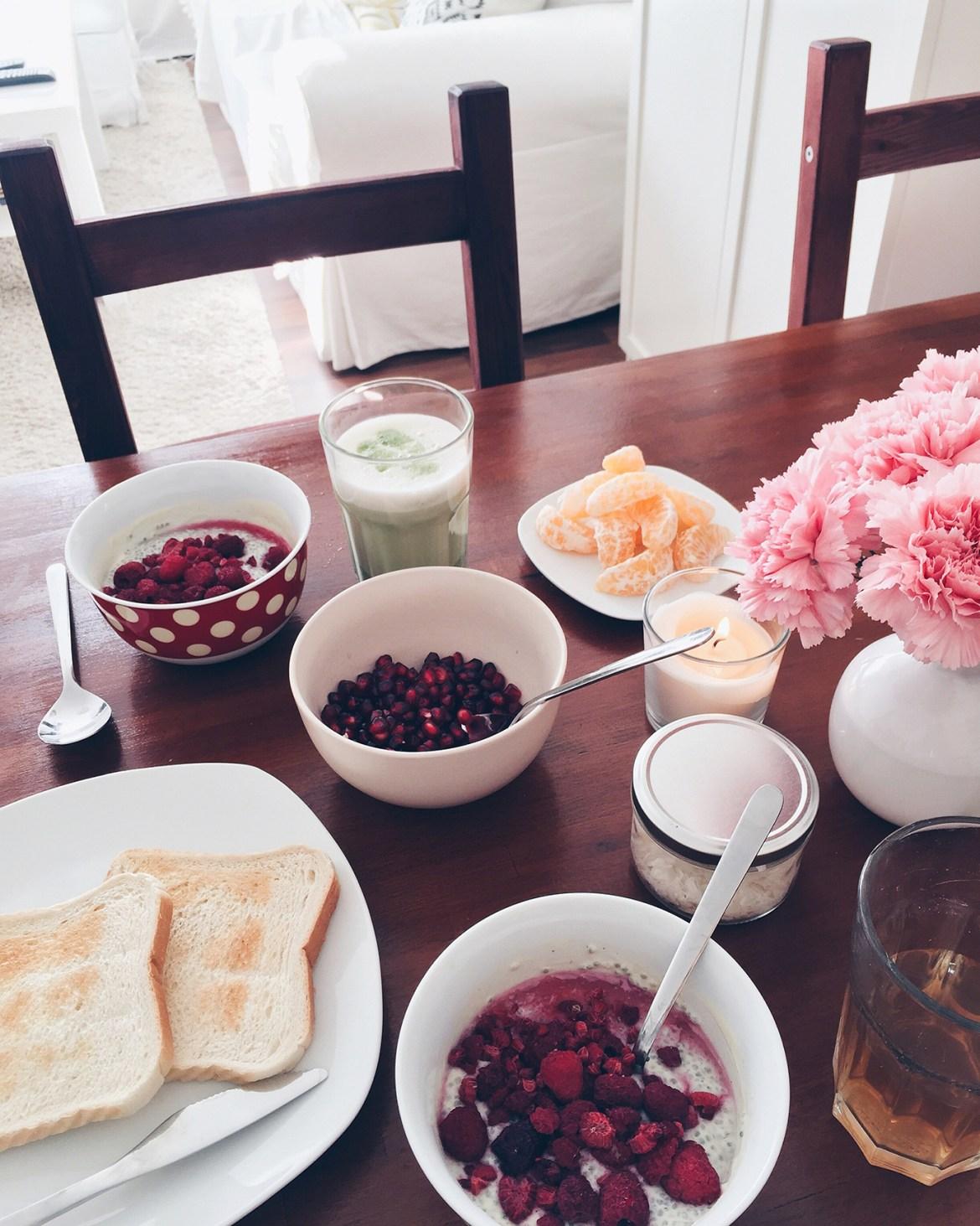 7things_45_breakfast
