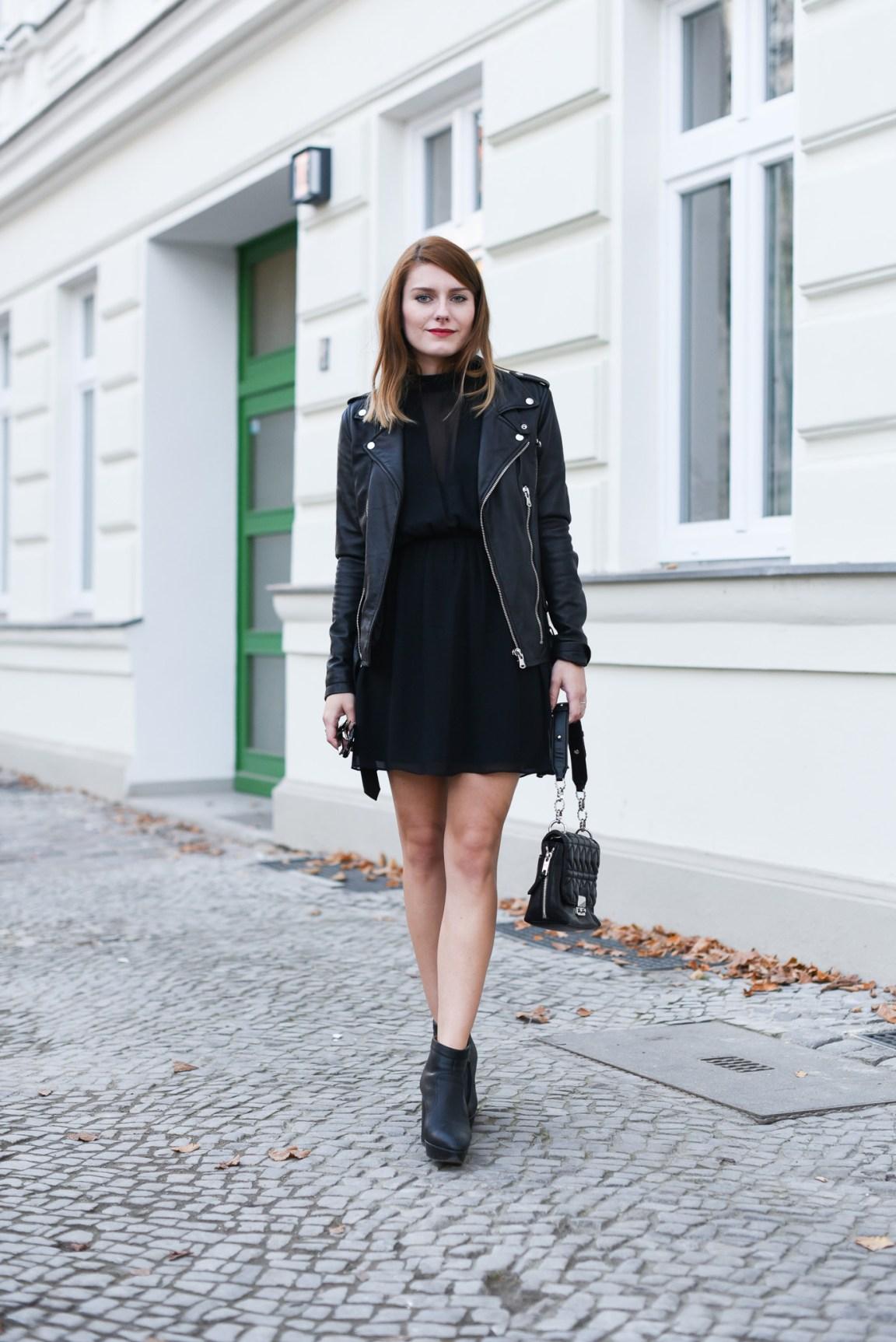 All_Black_Dress_8