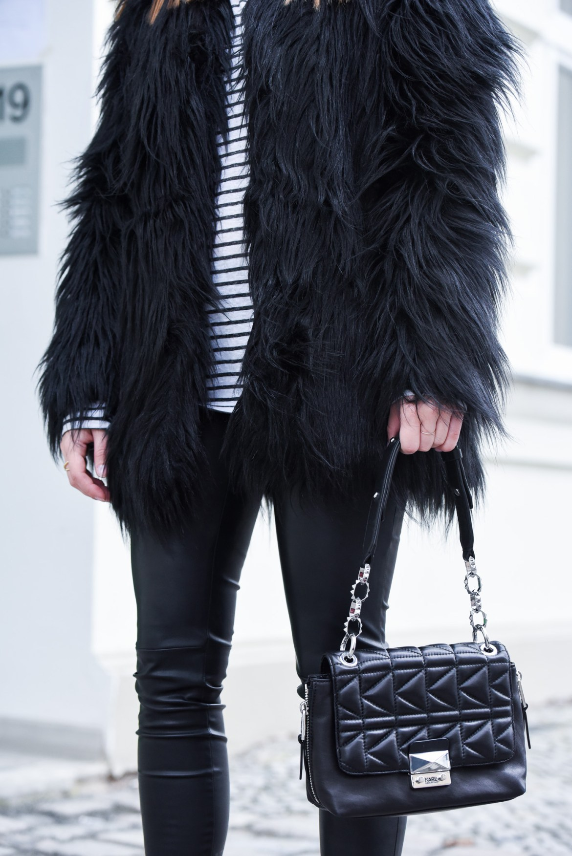 All_Black_Fake_Fur_2