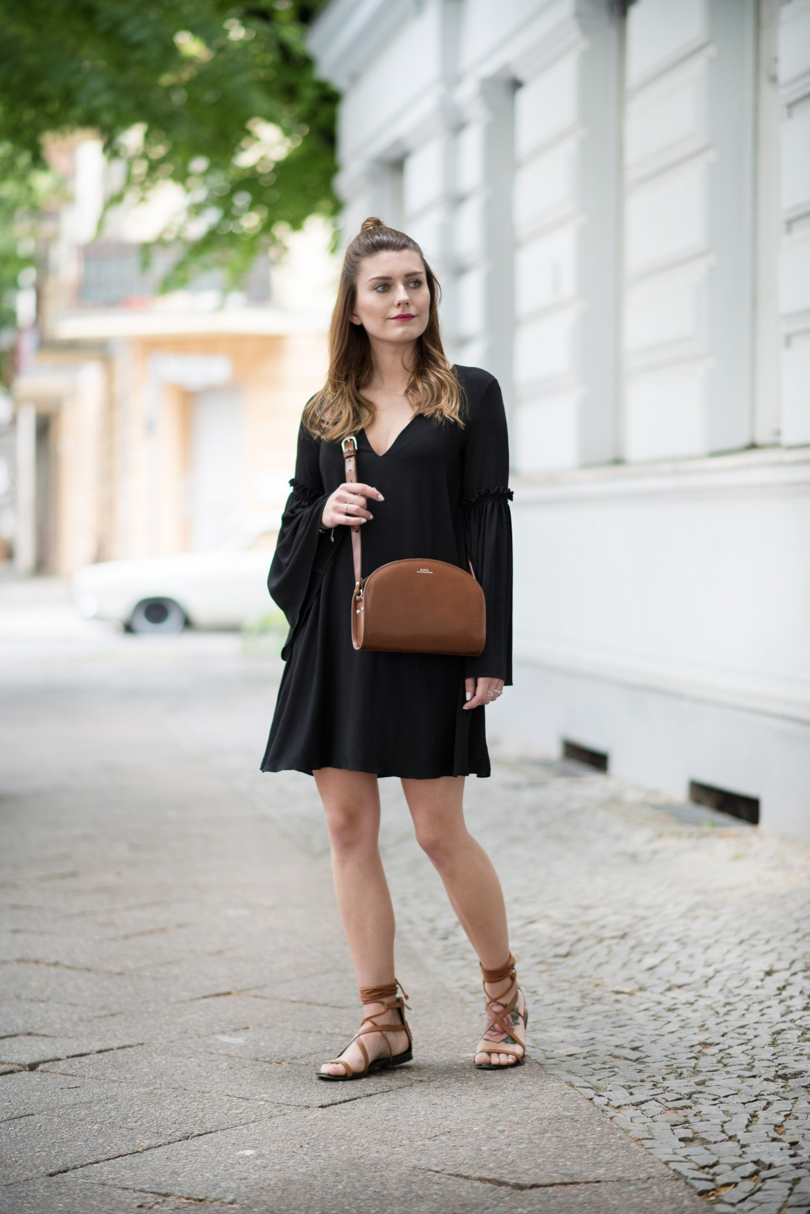 Bell_Sleeves_Boho_Dress_Outfit_1