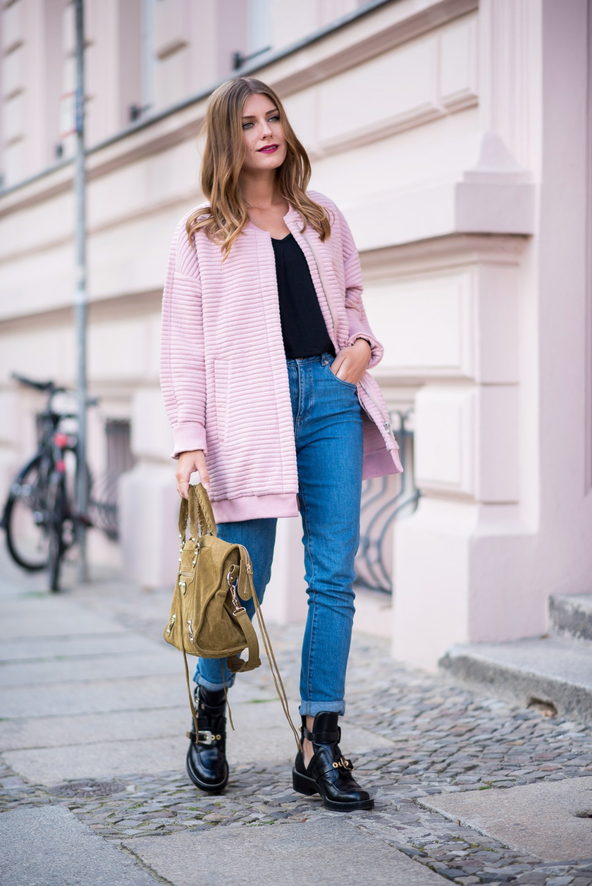 first_fall_outfit_edited_bomber_pink_4