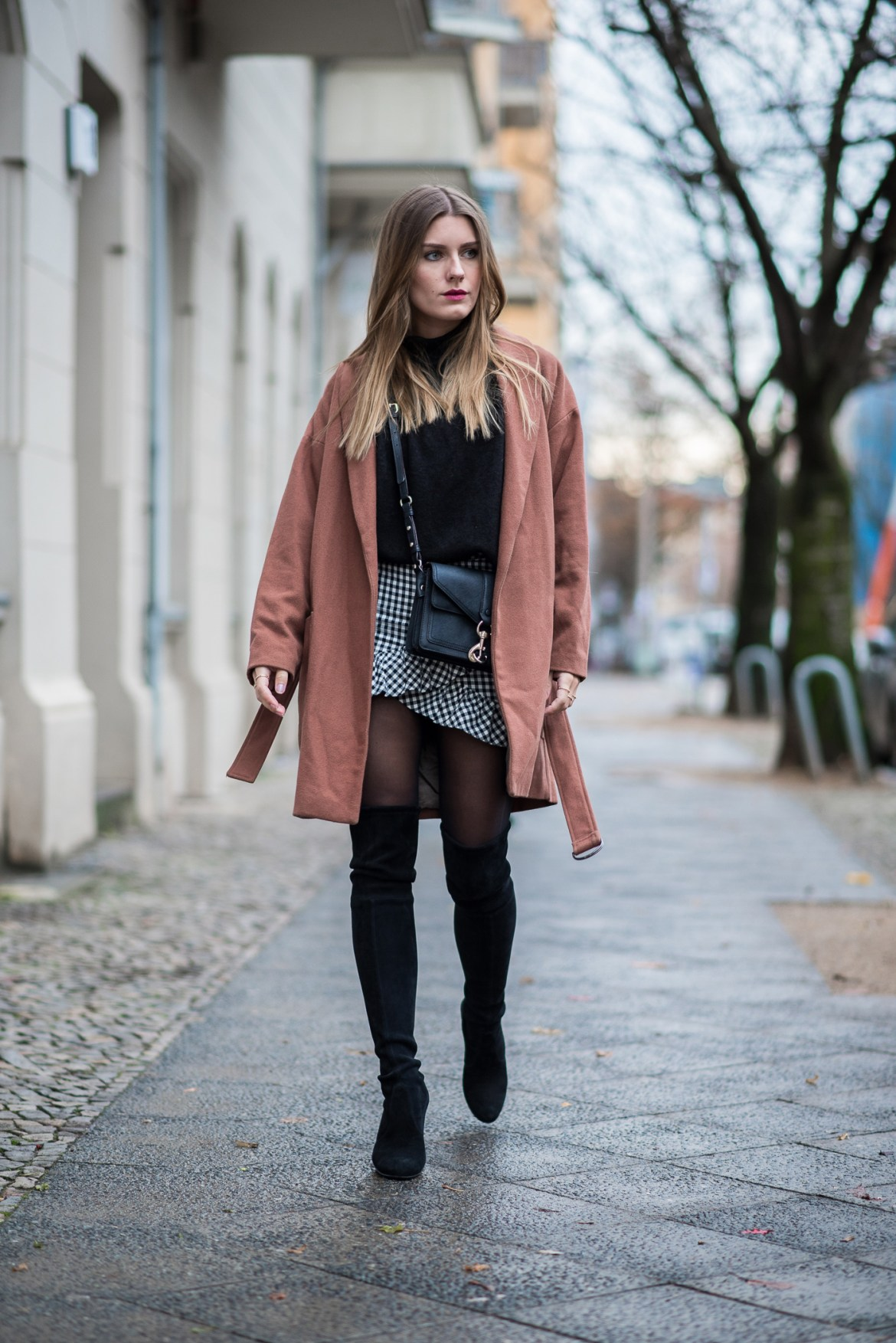 fall_outfit_overknee_boots_1