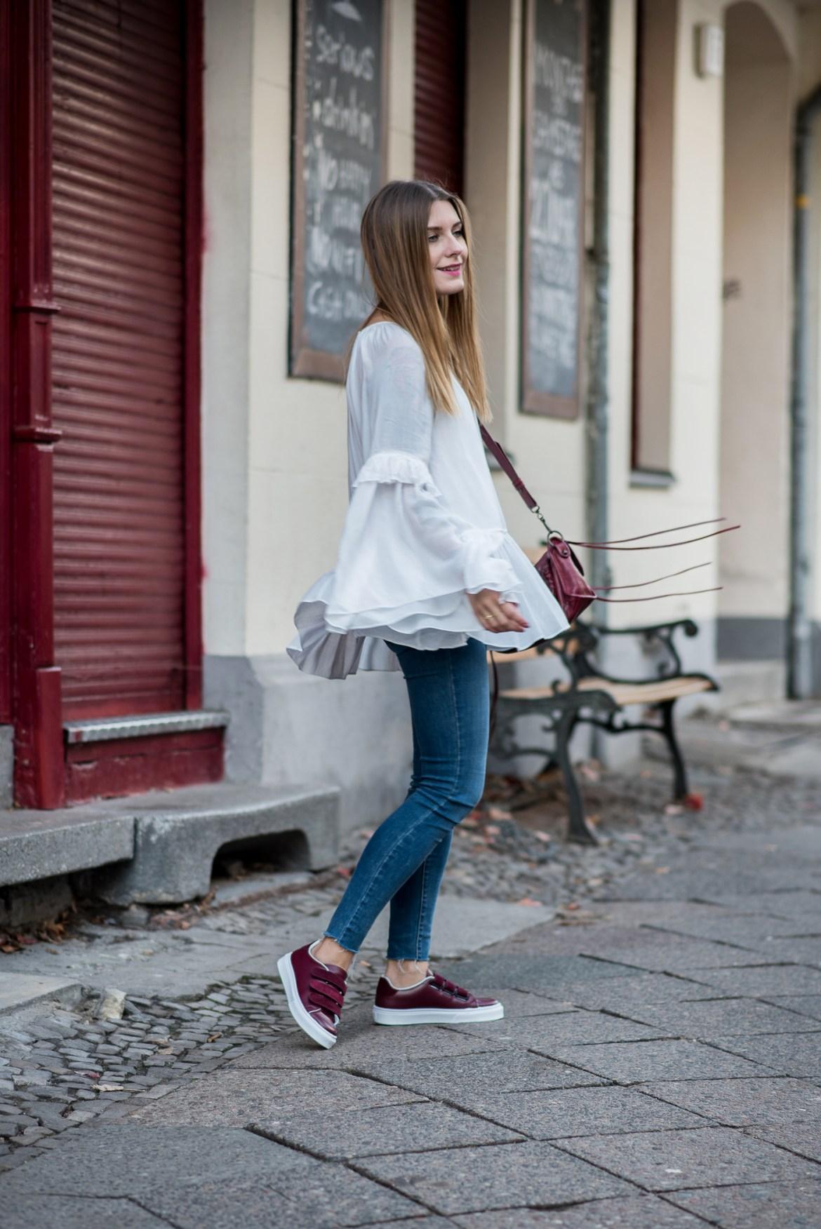 burgundy_outfit_balenciaga_bag_6