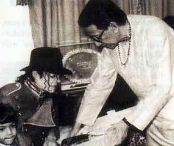 Picture: Balasaheb With MJ........rare Photo
