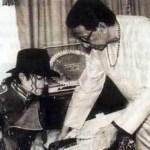 Picture: Balasaheb With MJ........rare Photo