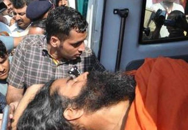 Baba Ramdev Died in Car Accident on Pune-Mumbai Highway: Hoax