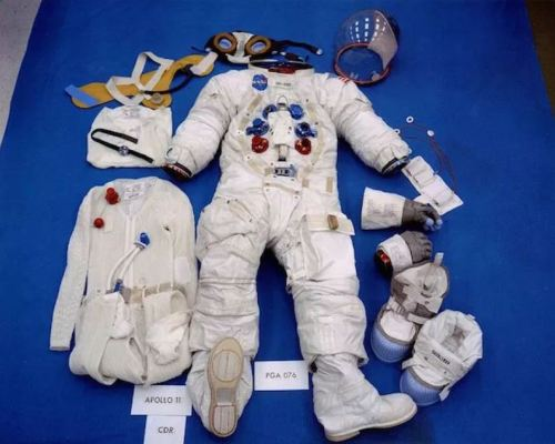 Picture of Neil Armstrong's Apollo 11 Spacesuit, Overshoes