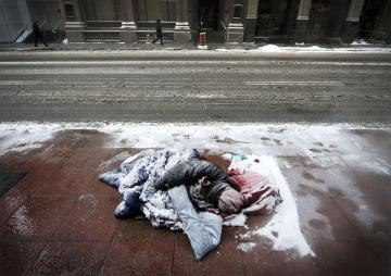 Image about 15 Homeless People Frozen to Death in Chicago