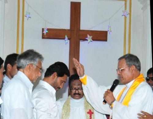 Image of Y.S Jaganmohan Reddy getting blessings in a Church