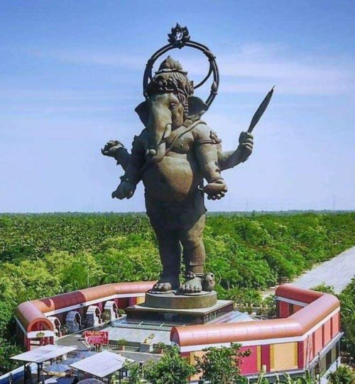 About Picture of World's Tallest Ganesha Statue in India