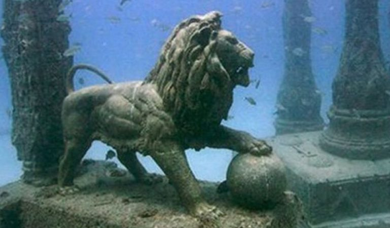 Pictures of Historic Sunken City of Krishna, Dwarka: Fact Check
