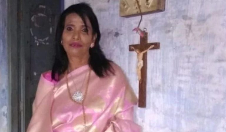 Ranu Mondal Demands Land for Church in Ayodhya: Fact Check