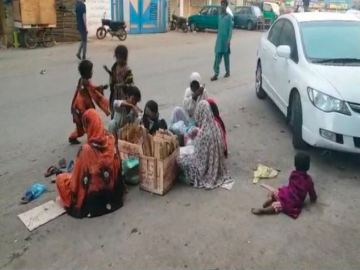 Image about Hindus Denied Food Supplies in Karachi Amid Coronavirus