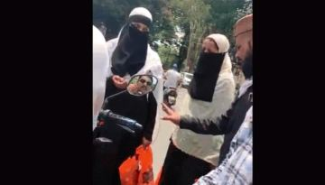 Image about Muslim Men Harass Muslim Women Buying in Hindu Shops