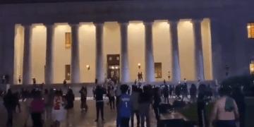 Image about Protestors Broke Inside White House, Trump Fleed