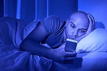 how-to-block-blue-light-and-sleep-better