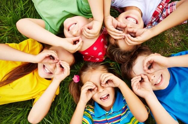 children form circular hands