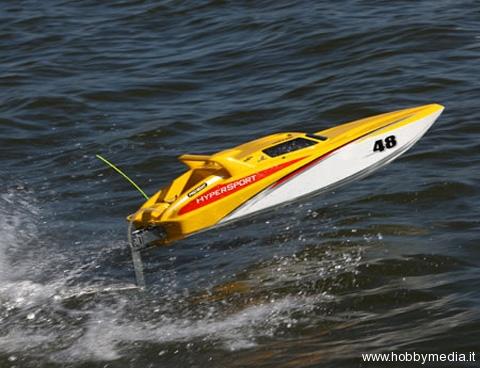 pro-boat-hypersport-48-deepv-rtr-15
