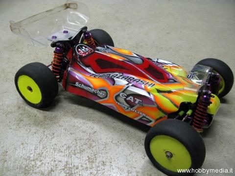 team-azarashi-womoog-schumacher-cat-sx-buggy-2