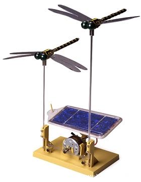 solar-powered-dragonfly