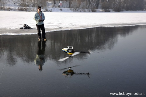 helicopters-on-ice-mikado-rc-2