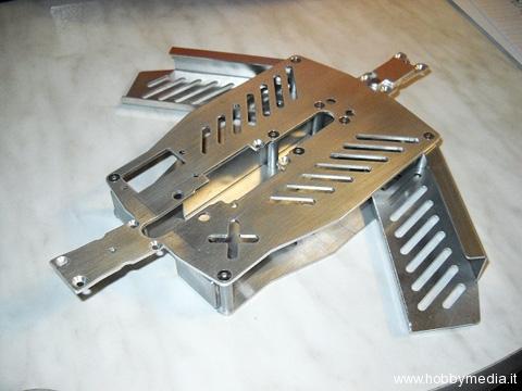 telaio-in-alluminio-per-traxxas-e-revo-4