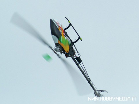mini-titan-v2-thunder-tiger-3d-heli-2