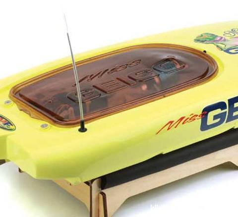 miss-geico-29-bl-catamaran-rtr-4