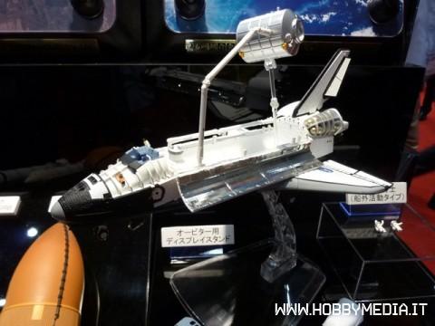 space-shuttle-endeavour-2