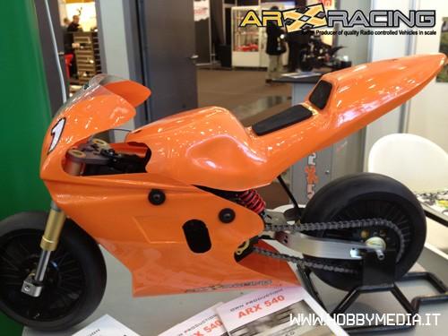 moto-pista-rc-2