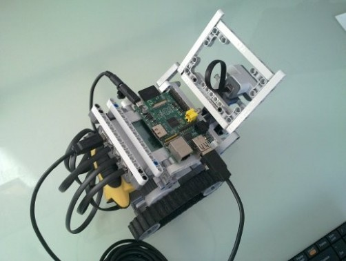 rasperry-pi-lego-bot-2