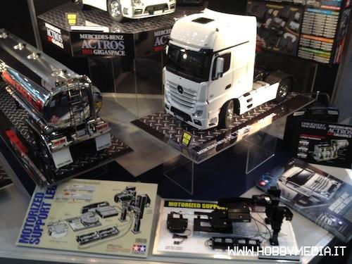 tamiya-rc-truck-mercedes-1