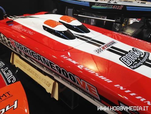 q-kyosho-hurricane-900-ve-boat-2